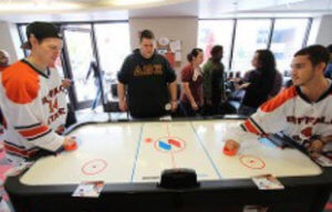Air Hockey Associat